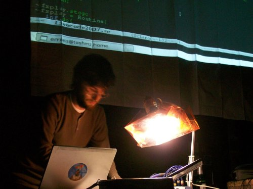 yeeking live at loss livecode in sheff 2007